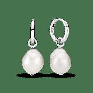 Pendientes Pandora aro en plata de ley con Perlas Contemporáneas 299426C01